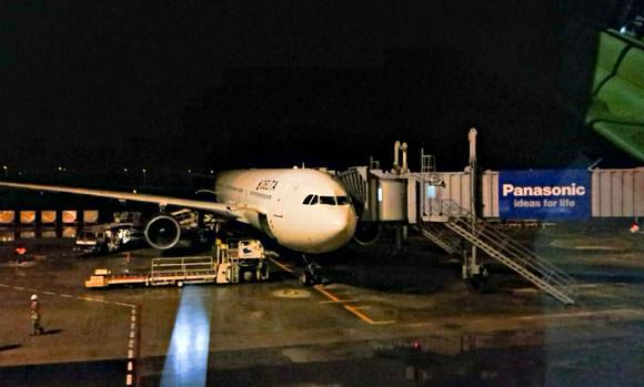 デルタ航空 DL278便 エアバス A330-300
