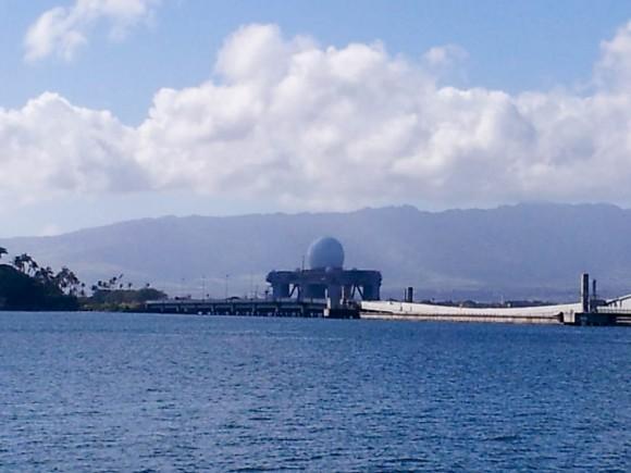 洋上プラント型レーダードーム 弾道ミサイル警戒や迎撃などで活躍してるらしい